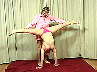Flexi chubby gymnast loves massive stretching.