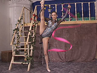 Flexible gymnast teen make love in hot splits.